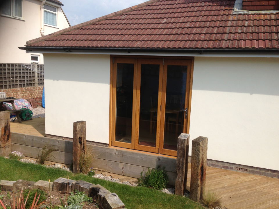 1 sets of Elite 6ft Bifolding Doors