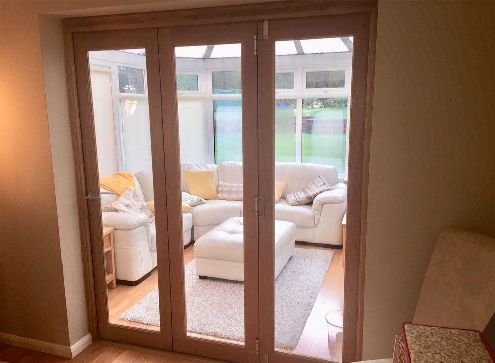 Closed Finesse 1.8M Internal bifold doors