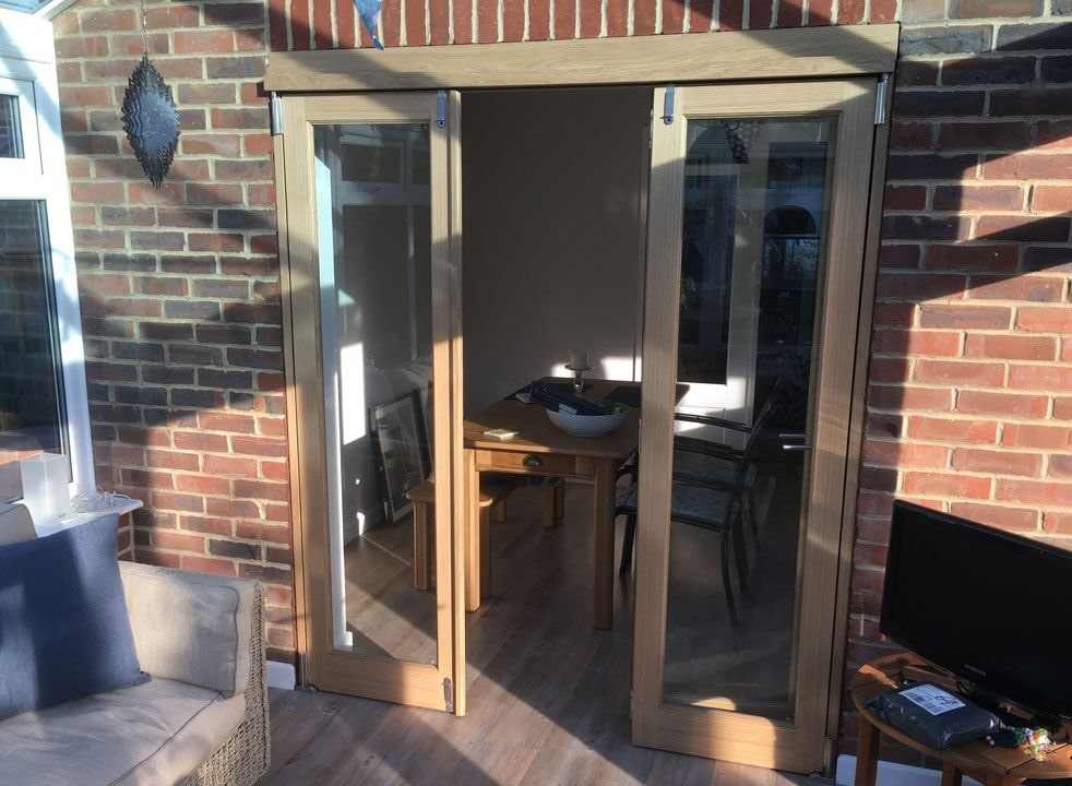 Centre open from the conservatories - Inspire 1.8M internal bifold doors