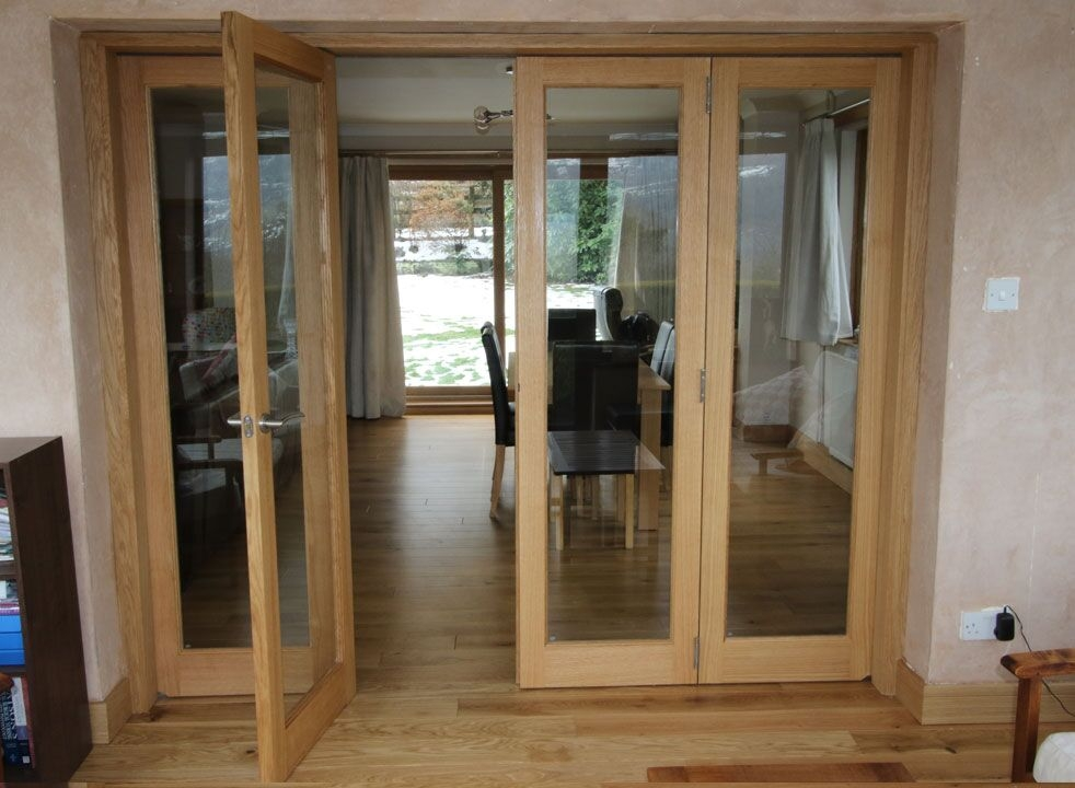 Inspire 2.4M Internal Bifold doors access door open into the dinning room