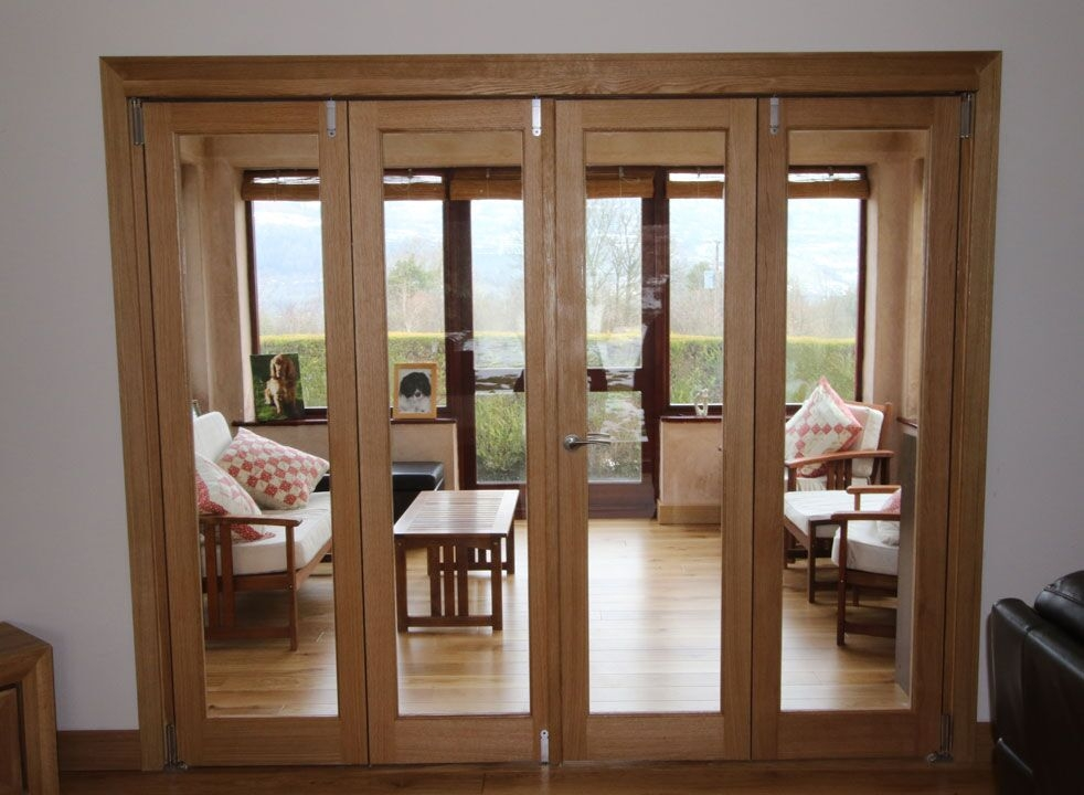 Inspire 2.4M Internal Bifold doors closed into the sunroom