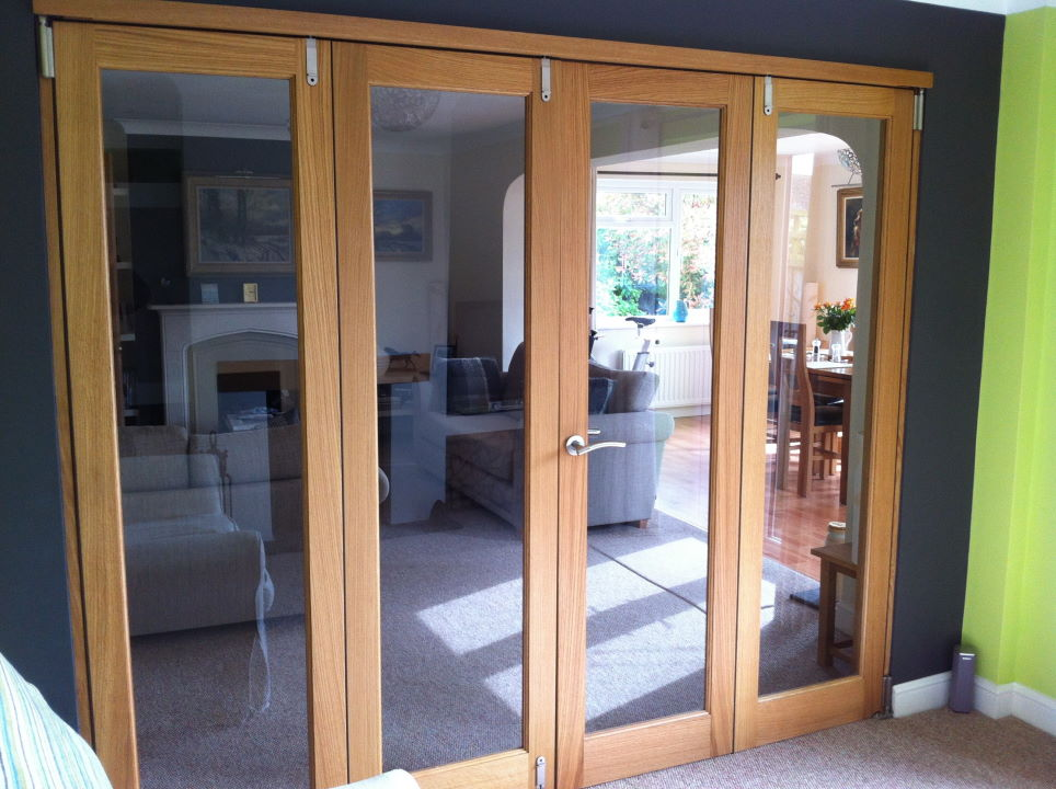 Closed 8ft Inspire Room Divider Flat Folding Doors