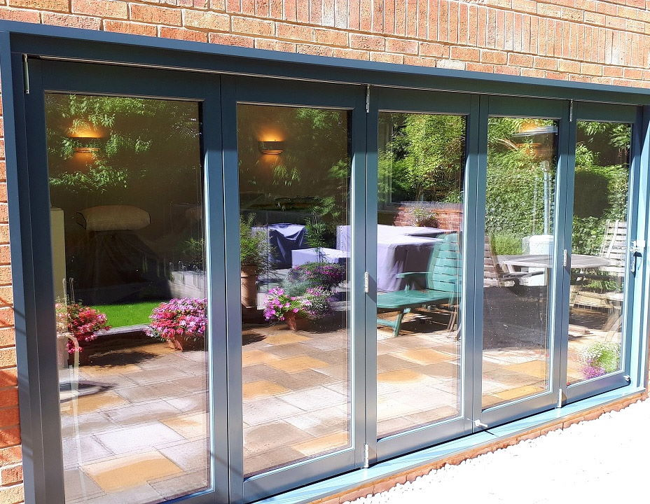 Closed 4.2M Ultra External bifold doors