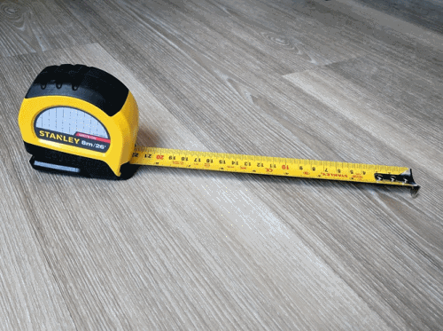 A picture of an extended tape measure