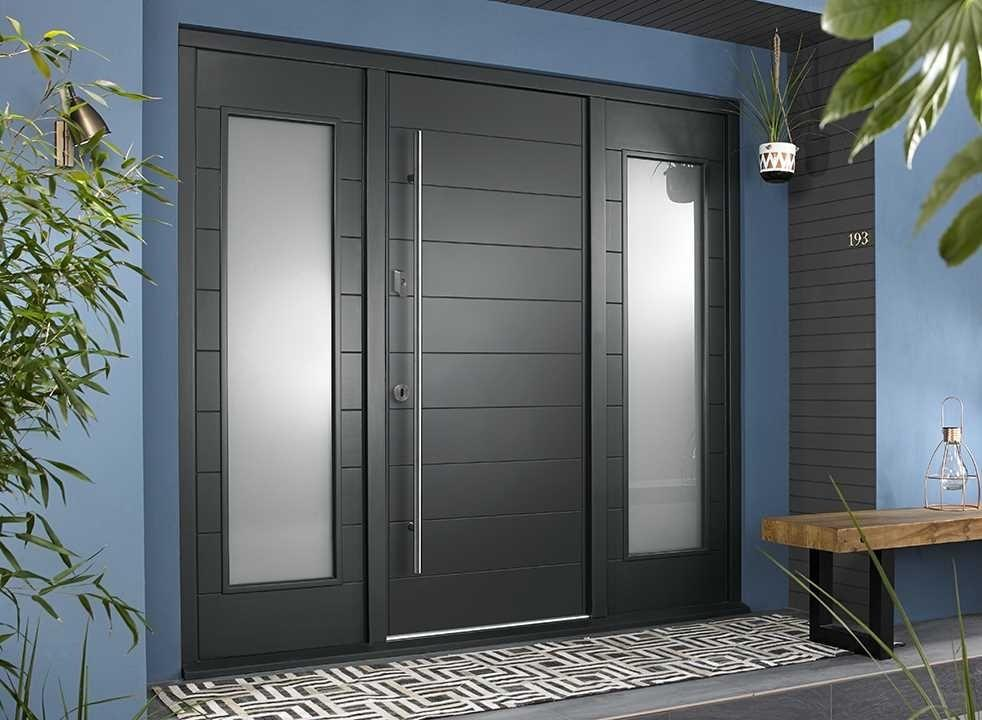 OSLO external grey front door with two sidelights