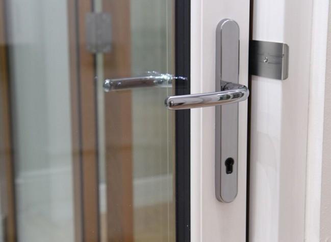 Bifold-door-handle