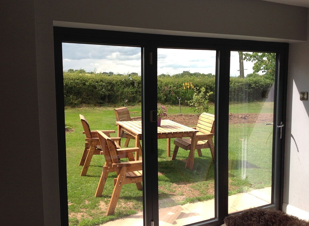 Bespoke size side closed Supreme aluminium bifold doors