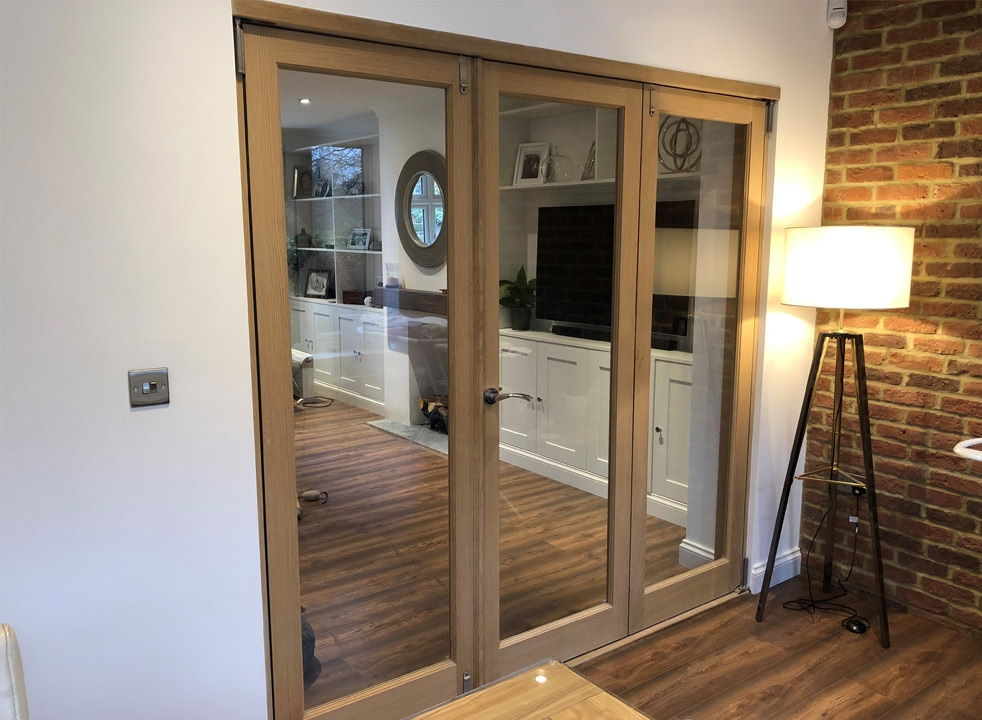 Closed Inspire 2.1M internal bifold doors