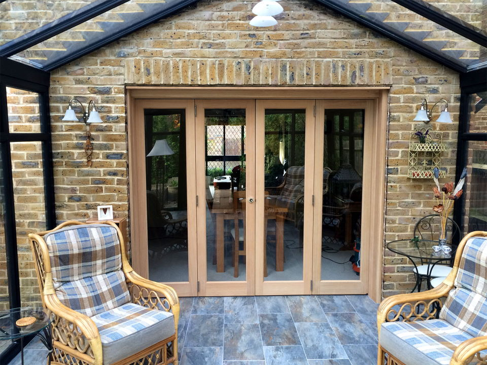 Closed Inspire 8ft Bifold Door