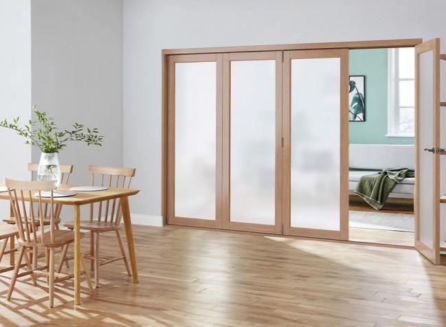 bifold door panel open