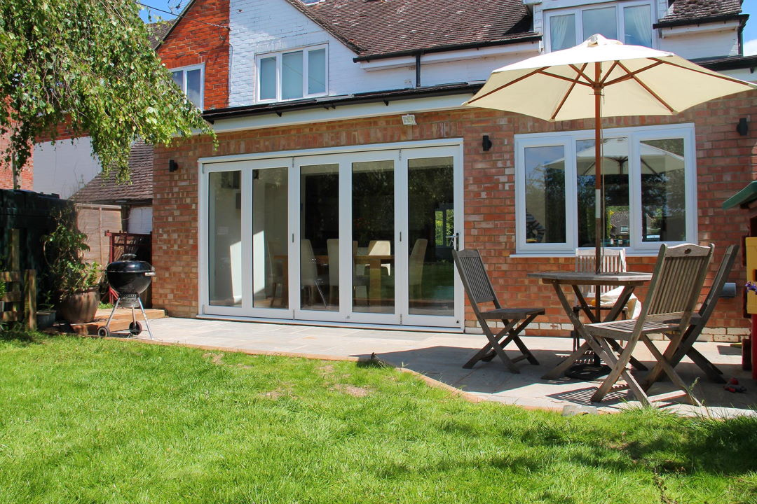 Closed 3590MM Master Bifold Doors